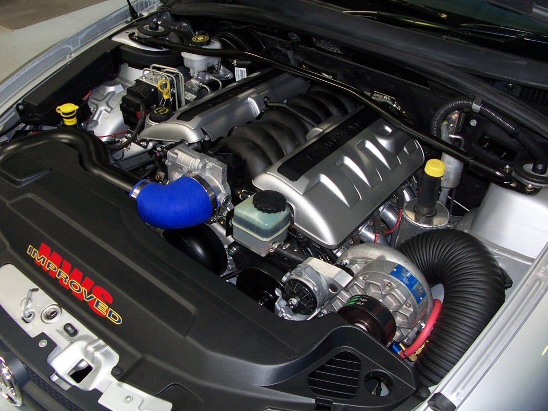 vz ss Ute Engine Bay